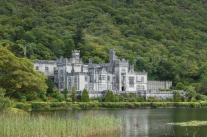 Kylemore_Abbey